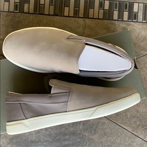 TIMBERLAND GROVETON SLIP-ON MEDIUM GREY NUBUCK Men